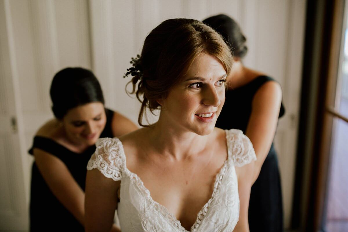 Ellen-Ash-Lillyvale-Wedding-Photographer_0010