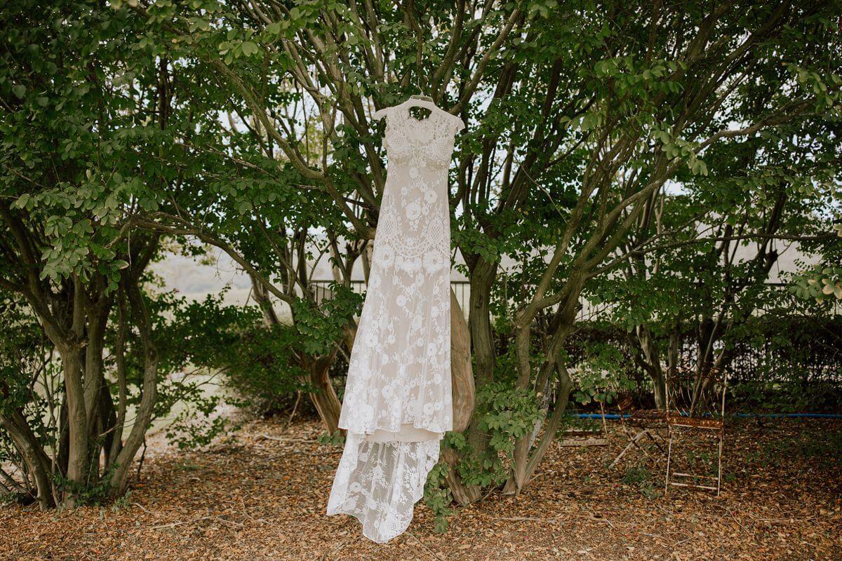Lill-Nick-Melross-Farm-Wedding-Photography-45